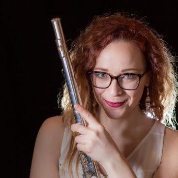 Suzanne Hannau, flute